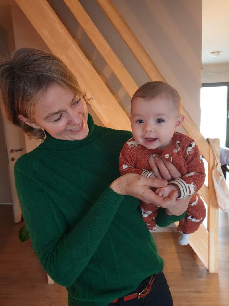 Kinderfysiotherapie buiklig , voorkeurshouding plagiocephaly babyfysiotherapie