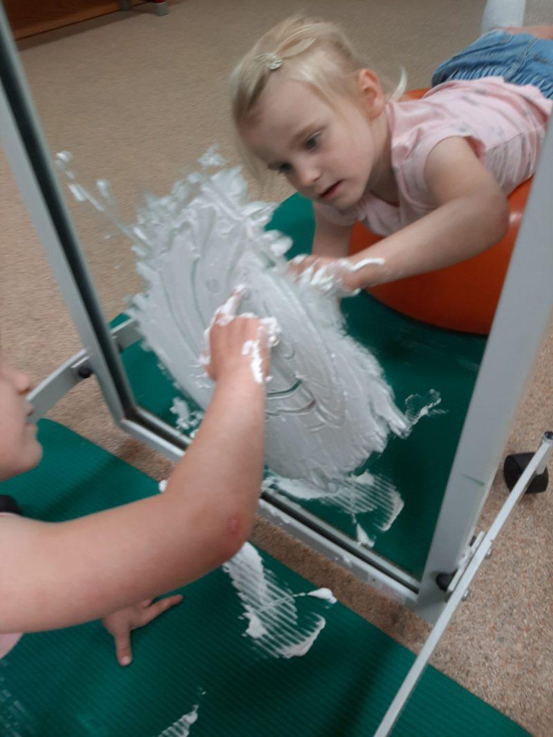 Kinderfysiotherapie Breda Ginneken Fijne motoriek, voorbereidend schrijven , steunname